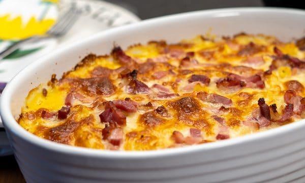 Macarrão ao molho de milho com bacon